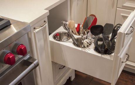 Идеи для кухни - ящики для посуды