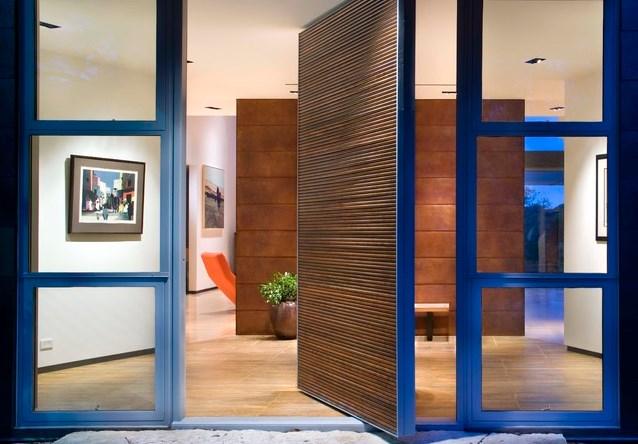 6 современных дизайнов входных дверей для дома