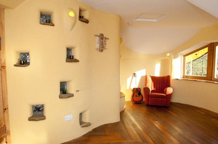 dom-iz-solomy-i-gliny-12