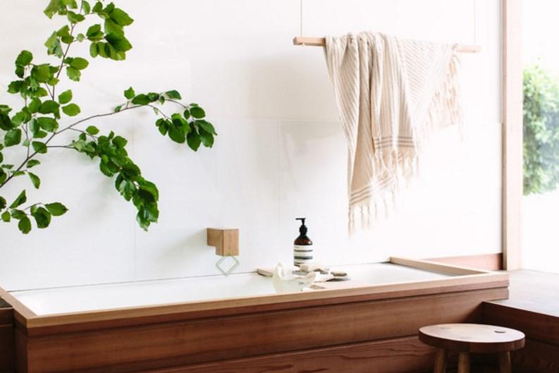 аксессуар для ванной комнаты - держатель для полотенец