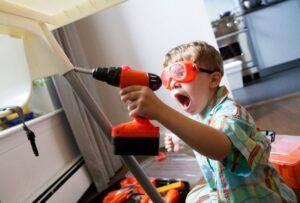 Шум во время ремонта квартиры. Как не рассориться с соседями?