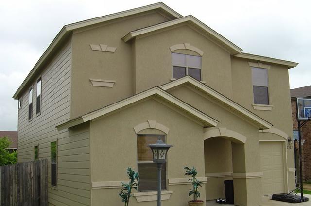 Важливі моменти в установці мокрого фасаду для котеджу