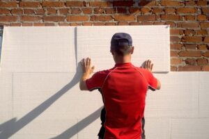 Как утеплить стены пенопластом своими руками